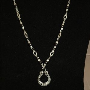 Jewelry - Fashion necklace with horse shoe pendant
